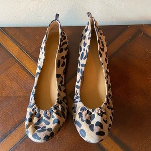 Audrey Brooke Leather Animal Print Flats SZ 10